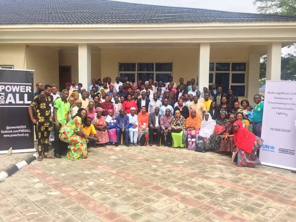Group+picture+of+participants+at+the+UNEP+Transitioning+from+Kerosene+to+Clean+Lighting+workshop.jpg